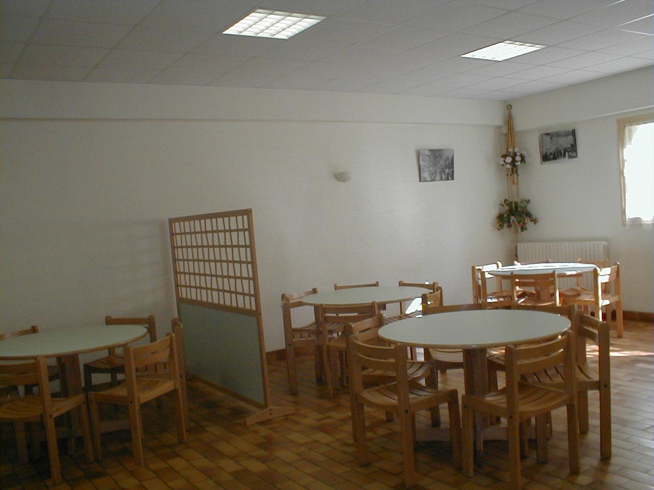 Salle à manger Est